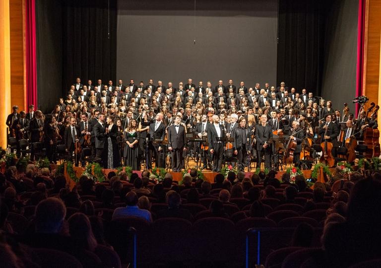 2013-Requiem-di-Verdi02